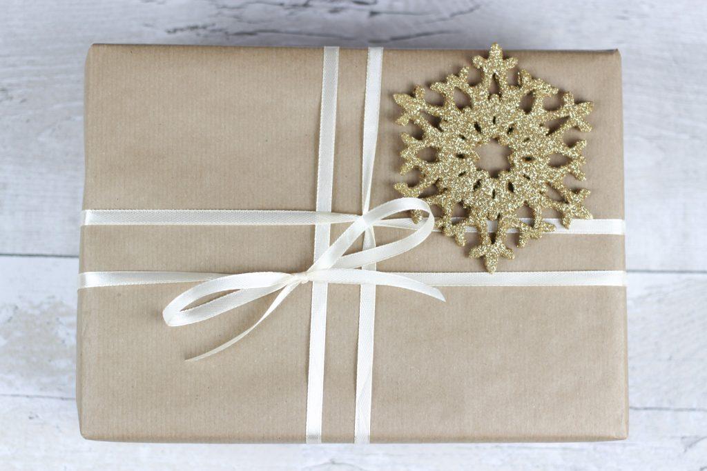 subtelne-pakowanie-prezentow